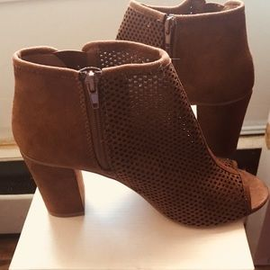 Peep Toe Brown Suede boots